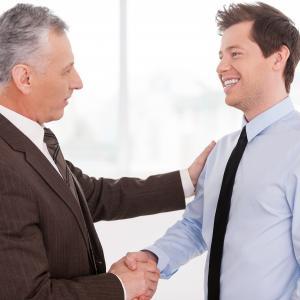 Дистанция между сотрудником и руководителем - You know, It's all between us - Ты знаешь, это между нами...