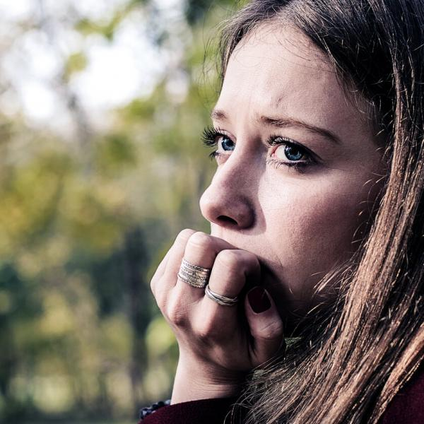 Как любить кого-то, кто склонен к беспокойству - Психология отношений