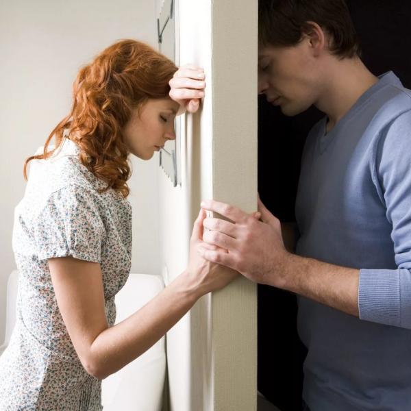 Что может быть хуже измены? - You know, It's all between us - Ты знаешь, это между нами...