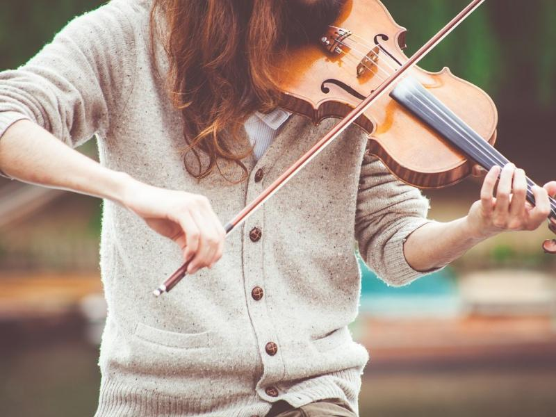 Стоит ли слушать музыку при выполнении интеллектуальной работы? - Психология отношений