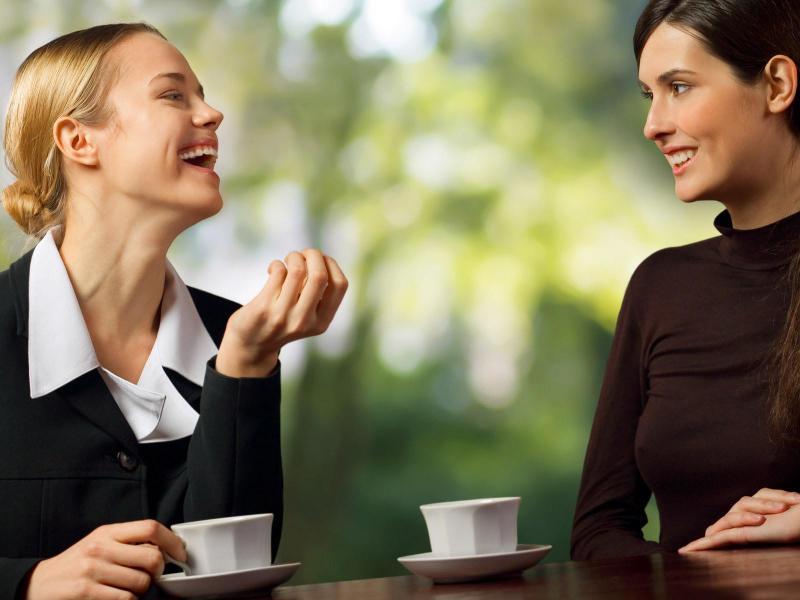 Психология общения: как научиться быть «душой компании» - You know, It's all between us - Ты знаешь, это между нами...