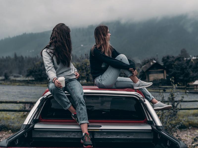 Молодежь показывает новые образцы одиночества - Психология отношений